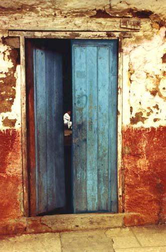 A door ajar & open door |